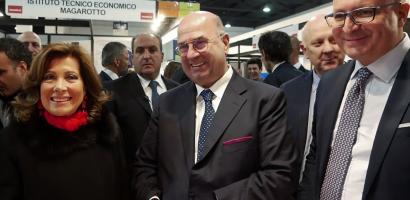 Fabio Bui, Vincenzo Gottardo e Elisabetta Alberti Casellati nello stand della Provincia di Padova