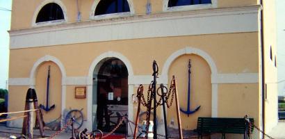 img facciata museo